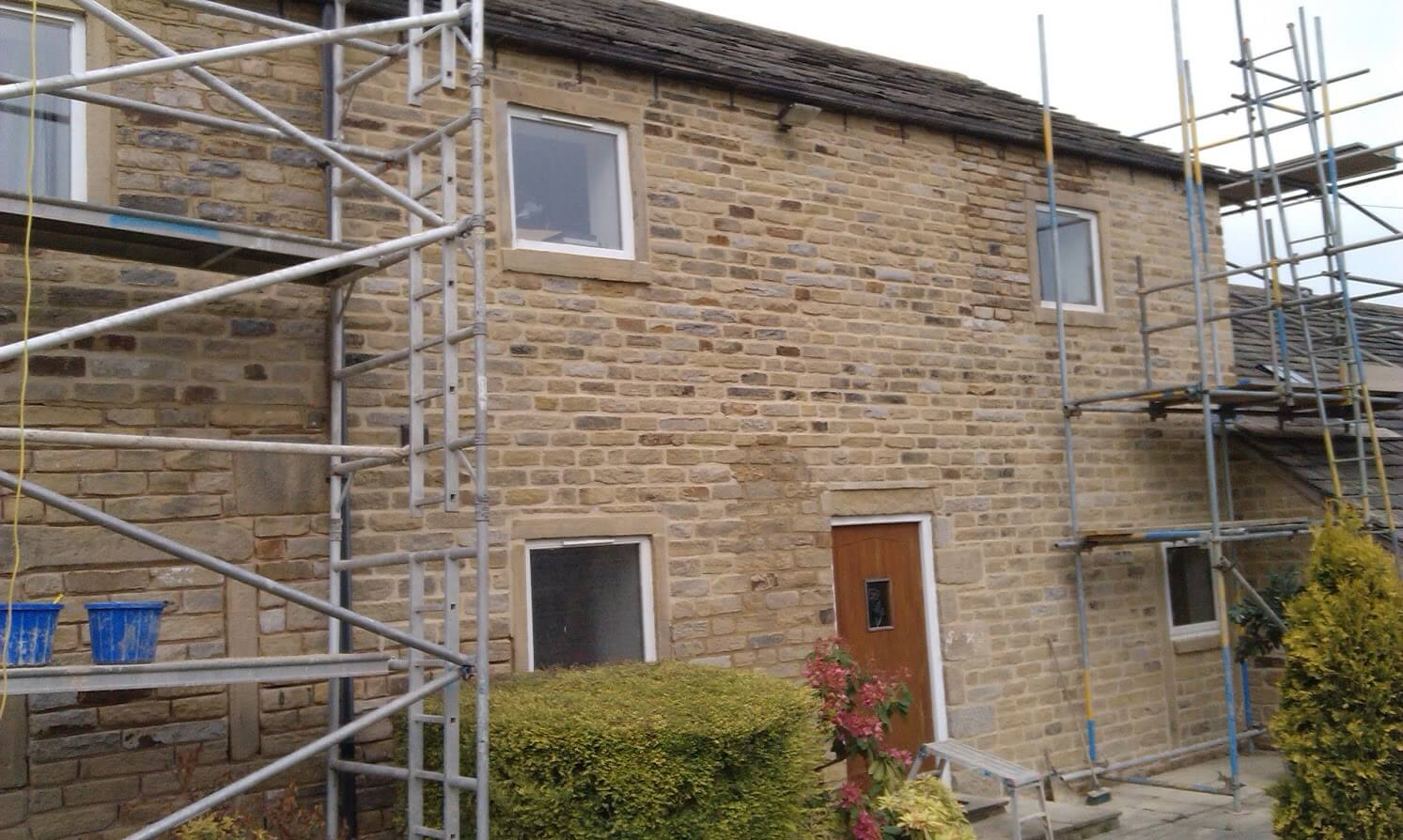 Stone Pointing with Scaffold